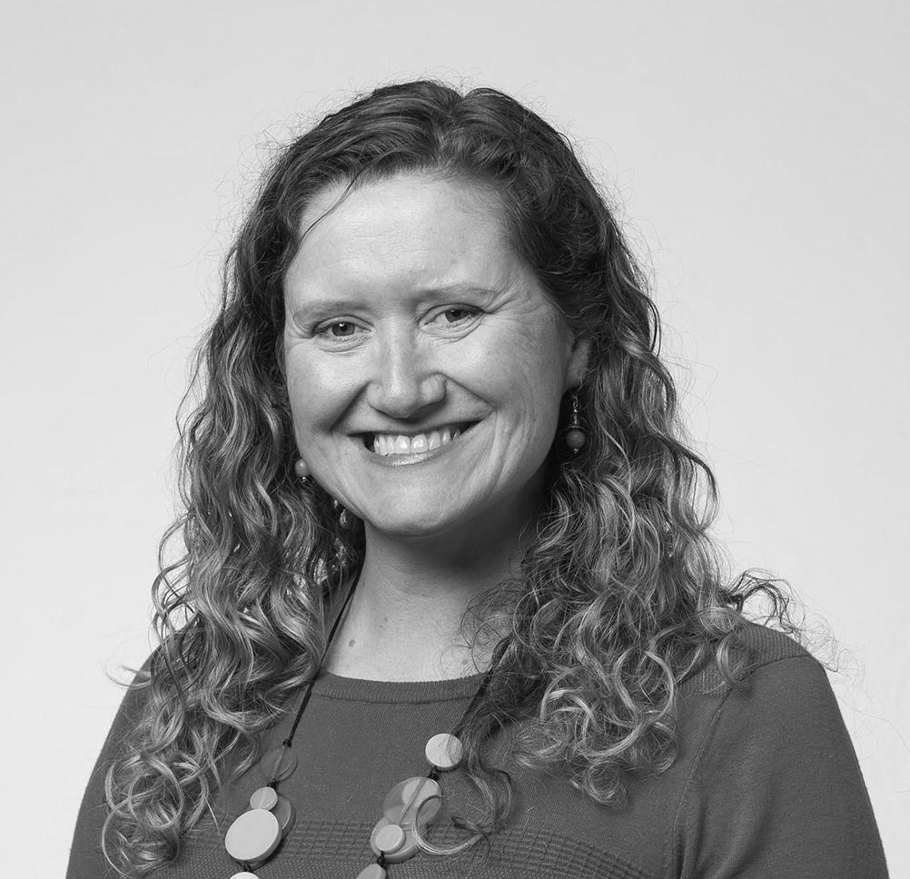 Dr Kath Turner